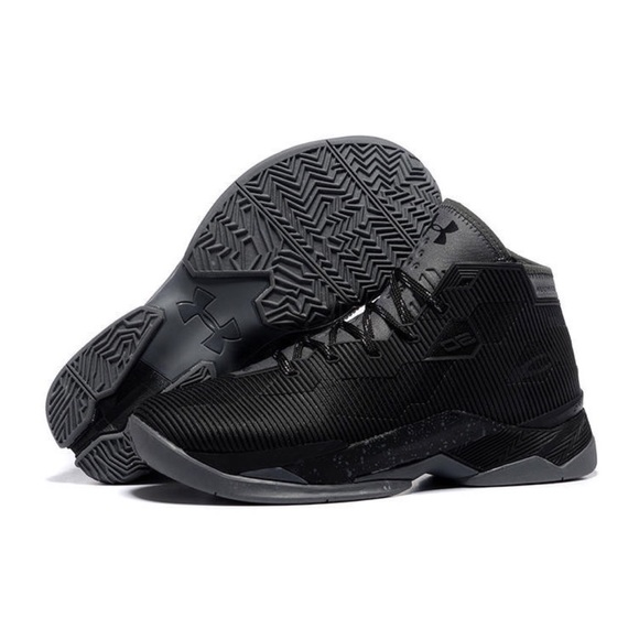 c32b451fc5e Under Armour Curry 2.5 Size 11.5 Black Charcoal
